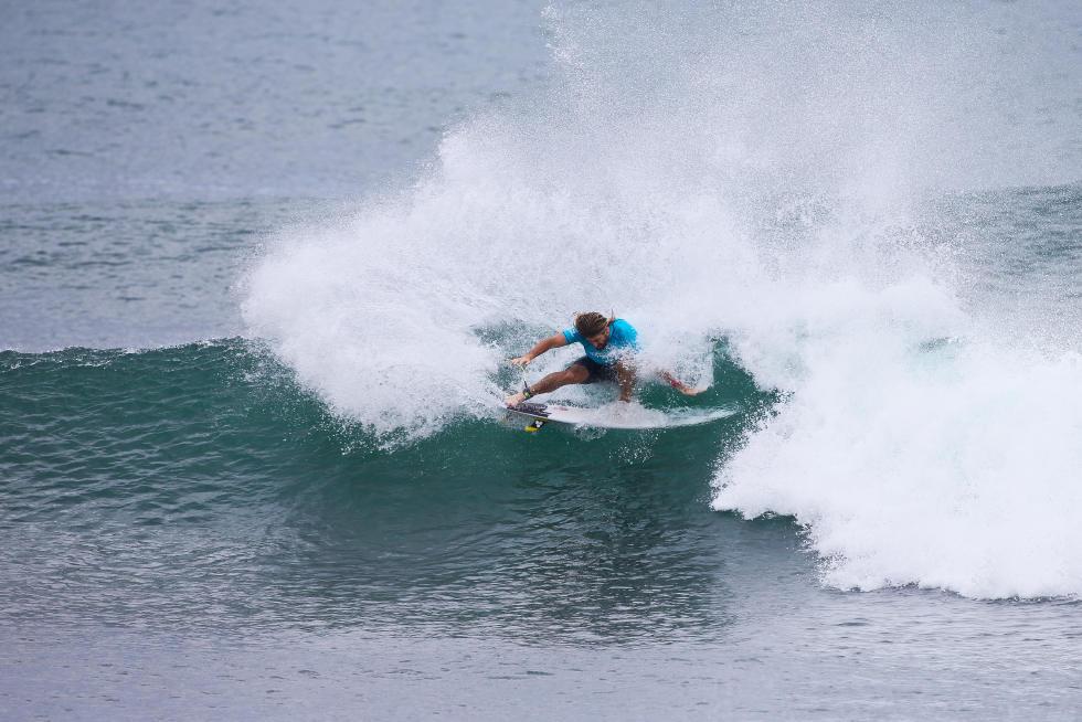 30 Wade Carmichael AUS Hawaiian Pro Triple Corona Fotos WSL tony heff