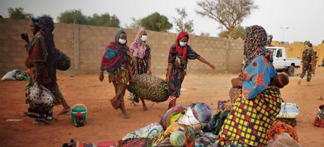 La ONU calcual que hay al menos 30.000 migrantes varados en las fronteras de África Occidental.OIM/Monica Chiriac