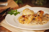 Jamoncitos de pollo con salsa de champiñones