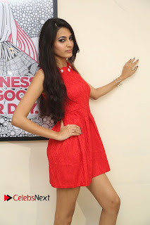 Actress Swetha Jadhav Pictures at Anoos Franchise Salon and Clinic Launch  0035.JPG