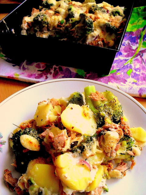 Zapiekanka z tuńczykiem i brokułami
