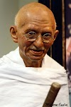 About mahatma gandhi biography