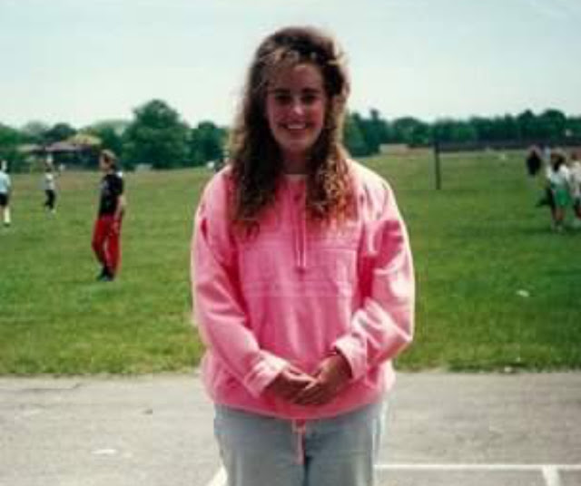 old photo, big hair, baggy clothes, weight issues