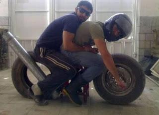 चाह कर भी हंसी नहीं रोक पाओगे इन अनोखे जुगाड़ों को देख, देखें तस्वीरें (Most Funny Images, Photos And Pics In Hindi), Funny Images In Hindi, Latest Funny Pics In Hindi, Most Interesting Photos In Hindi