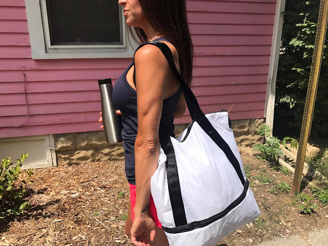 lululemon razzle-speed-short ebb-to-street-tank tote
