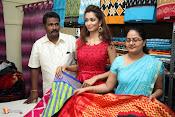 Rashmi Thakur Inaugurates Pochampally IKAT Art mela 2016-thumbnail-17