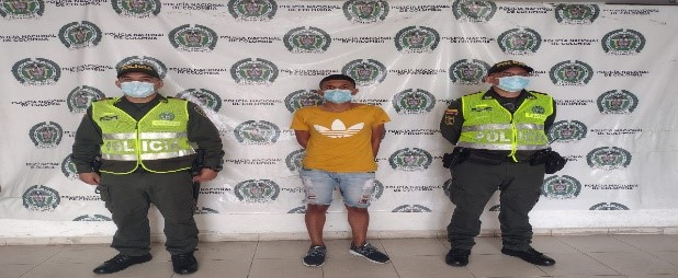 hoyennoticia.com, Tenía casa por cárcel y lo cogieron bloqueando calles en Valledupar
