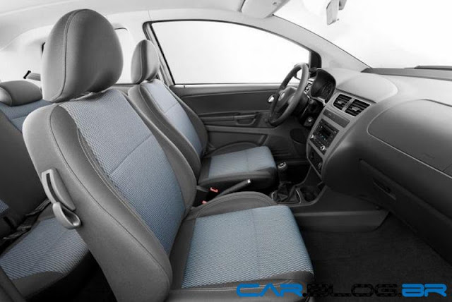VW Fox Bluemotion 2013 - interior