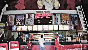 KFC dan Starbucks Sebagai Pelengkap Rest Area