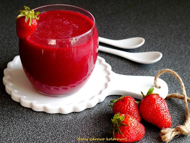 Czerwony koktajl śniadaniowy truskawka&malina&burak - Czytaj więcej »