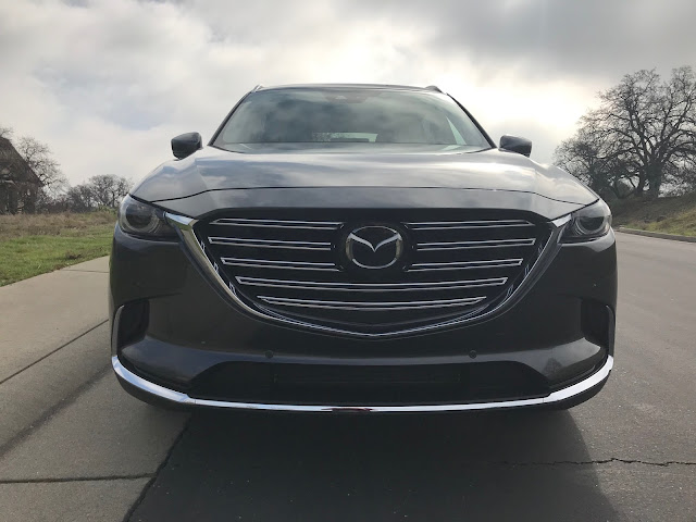 Front view of 2020 Mazda CX-9 Signature AWD