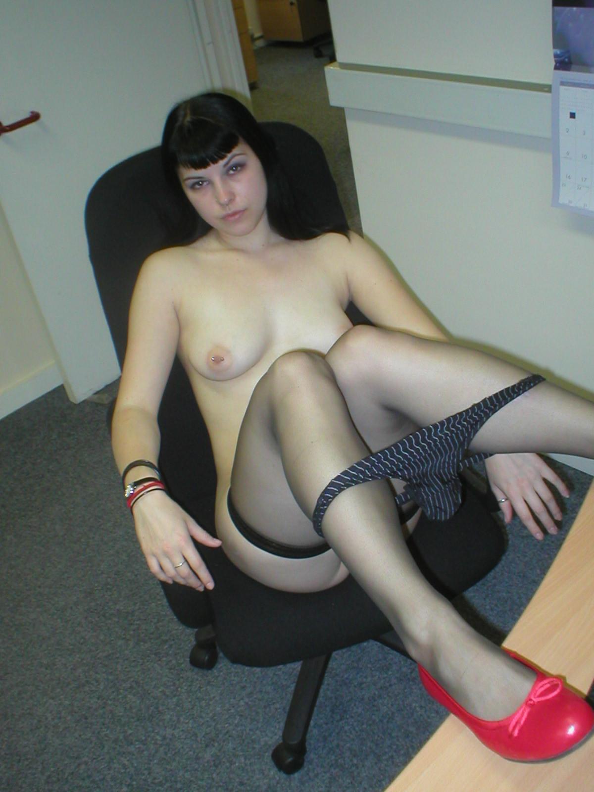 Парней фото голых секс шлюх видео