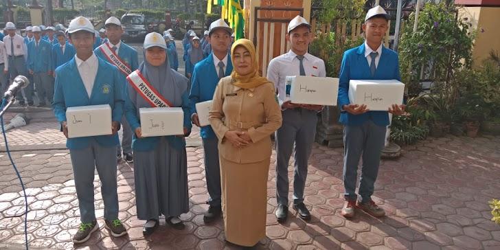 Upacara Hari Senin Sekaligus Pemberian Hadiah I esemkamu I SMK Muhammadiyah 1 Trenggalek