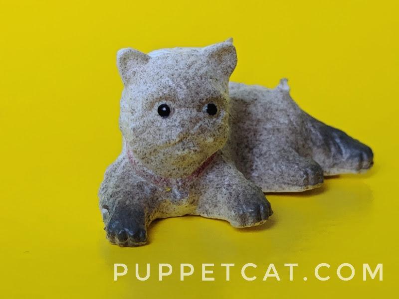 игрушечная кошка