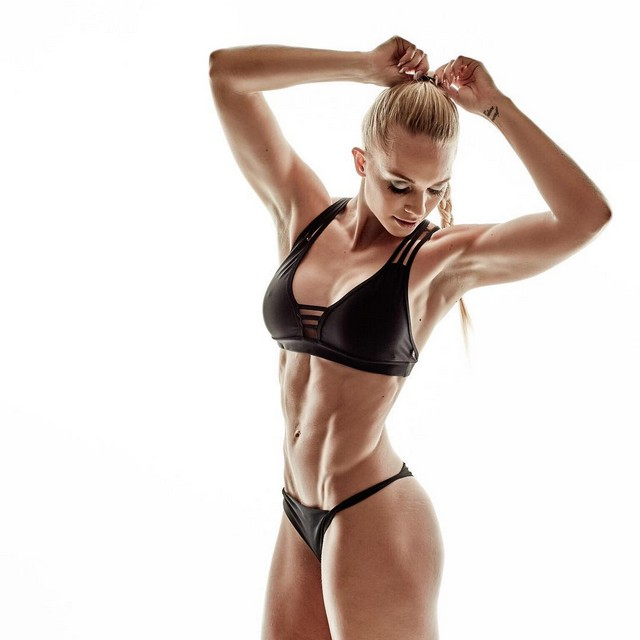 22 year old Josefine Achen fitness athlete