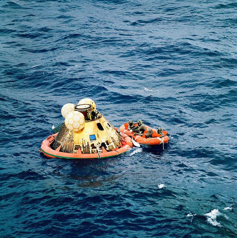 Приземлення американських астронавтів APOLLO-11