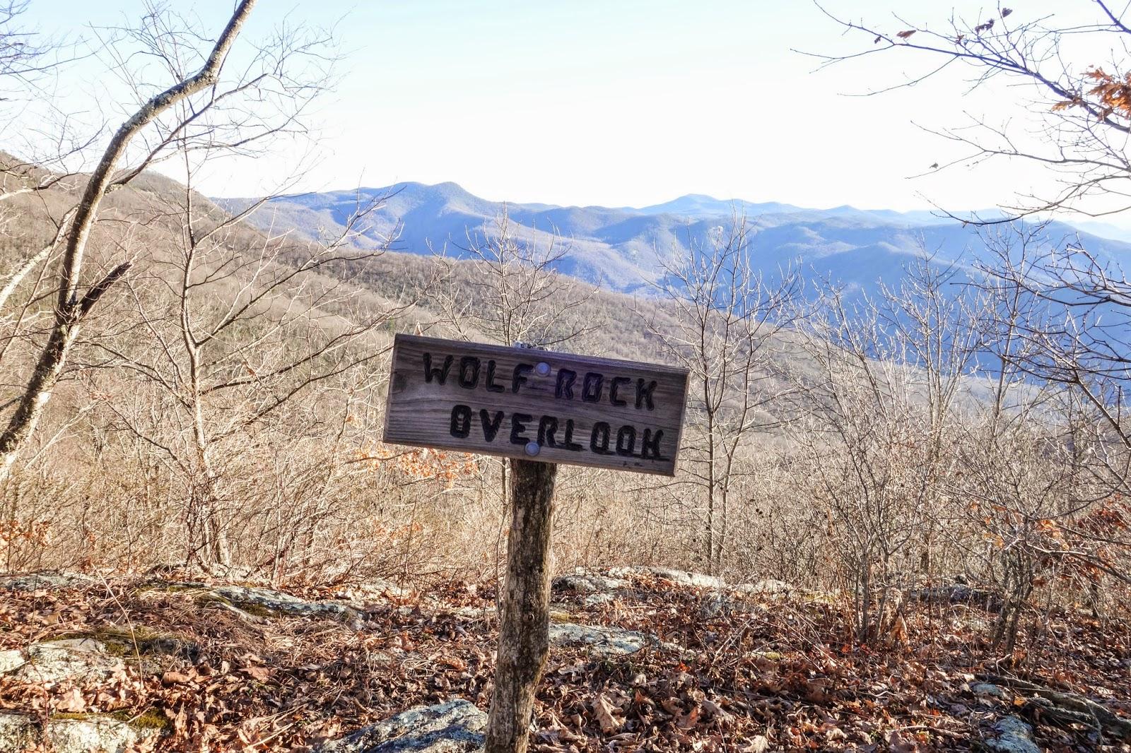 Wolf. Rock Overlook