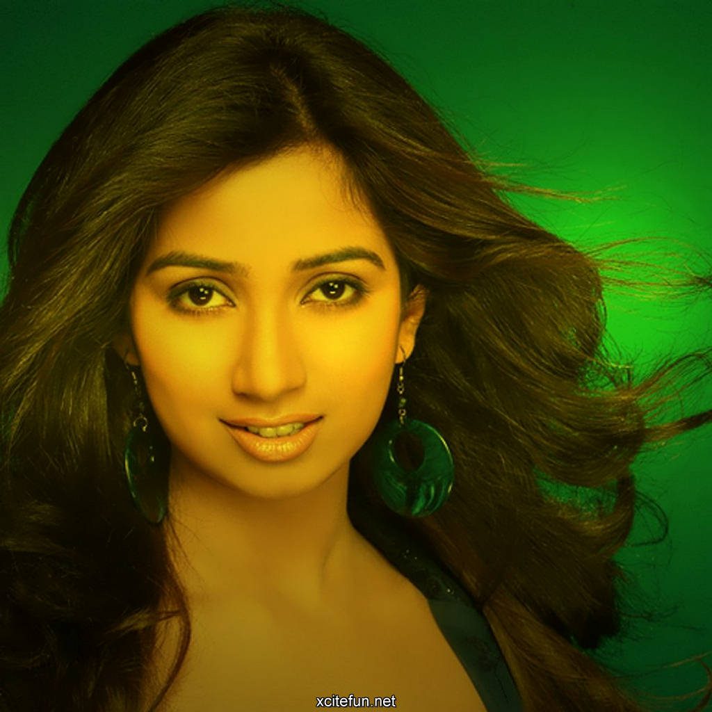 Shreya Ghoshal Biography  Shreya Ghoshal Hot Wallpapers -3440