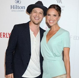 Picture of Gavin DeGraw with Amanda Loncar