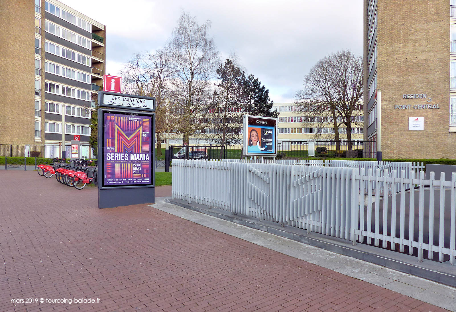 """Station V'Lille """"Carliers"""" - Métro Carliers Tourcoing."""