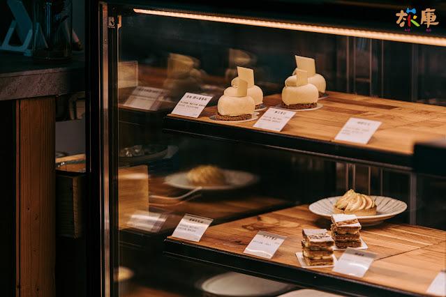小食糖的甜點櫃