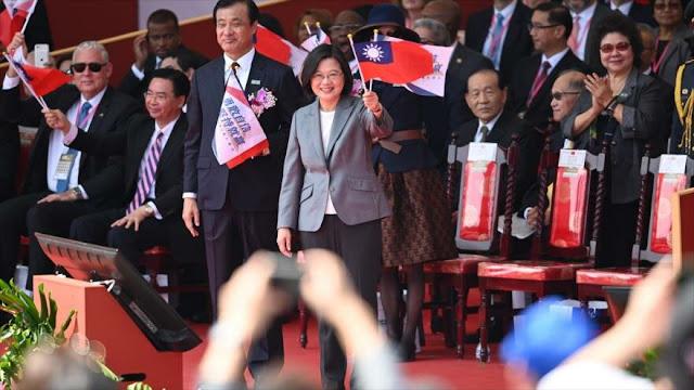 Taiwán promete en Día Nacional defender su soberanía ante China