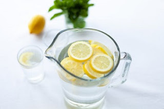 الفوائد الصحية لمياه الشرب من الليمون  benefits of drinking lemon water,benefits to drinking warm lemon water,drinking lemon water,lemon water,lemon,benefits of lemon juice,benefits of lemon,drinking hot water with lemon,benefits of lemons,الليمون,benefits of ginger,benefits of ginger tea,drink lemon water to lose weight,lose weight using lemon and water,health benefits of ginger,benefits lemon,hot lemon water,warm lemon water