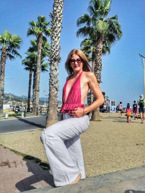 blogger beachwear