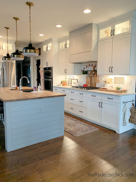 white kitchen with cabinet lighting