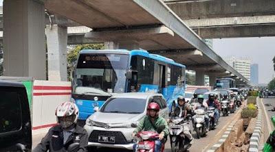 3 Jalan Protokol DKI Jakarta Bebas Ganjil Genap Jelang Pemakaman Habibie