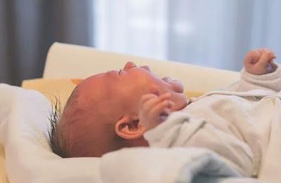 Menjaga Bayi Anda Terlindungi Dari Asam Lambung Menjaga Bayi Anda Terlindungi Dari Asam Lambung