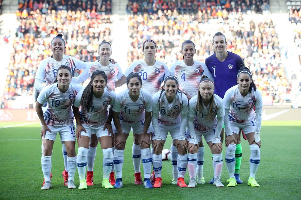 Formación de selección femenina de Chile ante Países Bajos, amistoso disputado el 9 de abril de 2019
