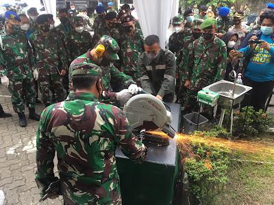 TNI Musnahkan Barang Bukti Perkara Tindak Pidana Militer