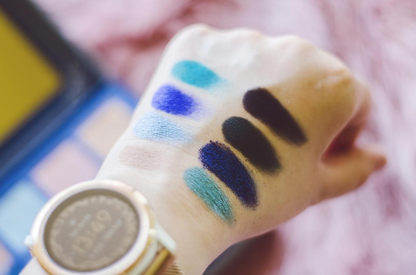 Jeffree Star cosmetics Blue blood recenzia swatche Ice Tray Blue Monday Flourishing Wealthy Celebrity Skin Entitled Ocean Ice stain Undertaker