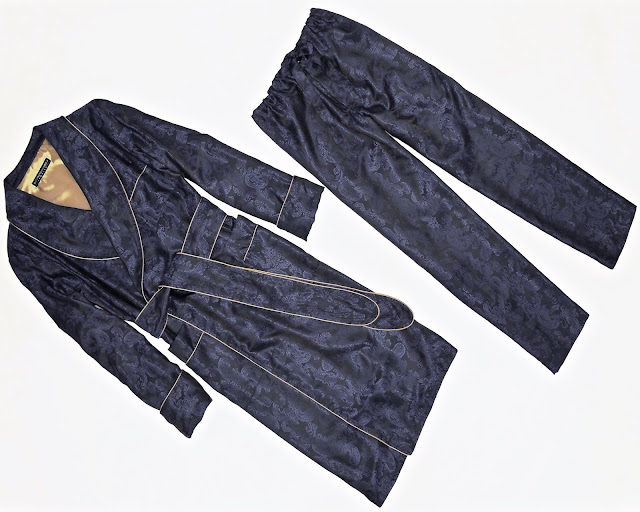 mens paisley silk robe dark navy blue english dressing gown traditional classic pajamas lightweight