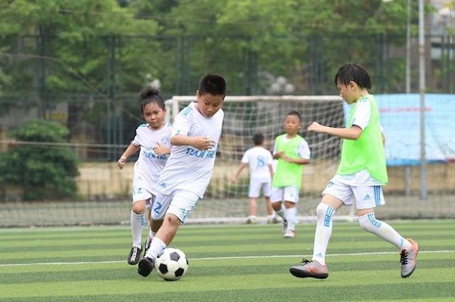 Khóa học bóng đá chuyên nghiệp