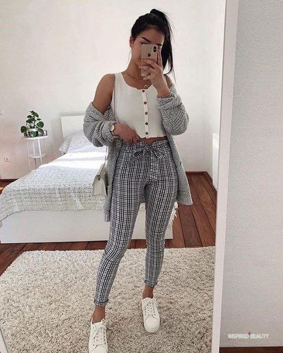 outfit pantalon cuadros gris