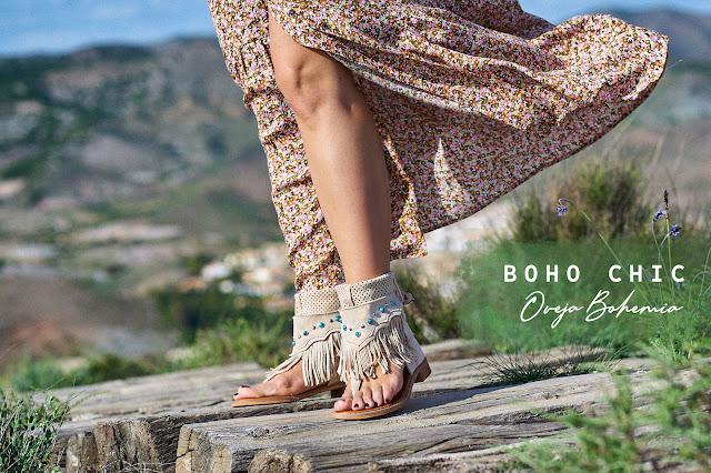 Sandalias botas beige con flecos