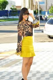 mini saia com camisa manga longa