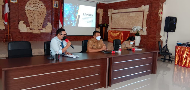 Kepala SMK TI bali Global Badung Audiensi Dengan Perbekel Desa Tegal Harum, kecamatan Denpasar Barat, Kota Denpasar
