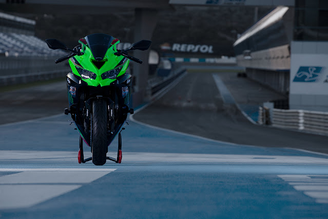 2021 Ninja ZX-25R Inline Four ABS  250cc Bike  | First Look Review, Specification & Price Details