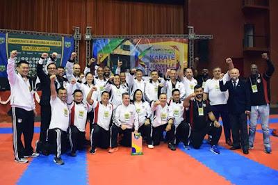 Atletas da academia municipal de Karatê conquistaram  primeiras colocações no brasileiro, em SC