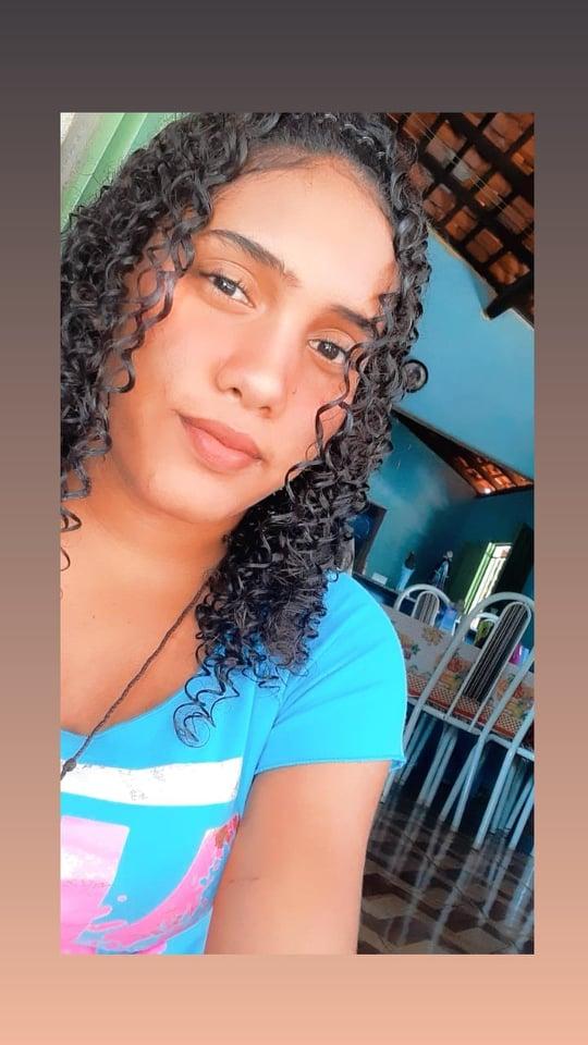 EMPENHO: Residente na Baixa do Curral, aluna do 9º ano no Colégio Moisés Lima Verde têm melhor nota em matemática em prova diagnóstica