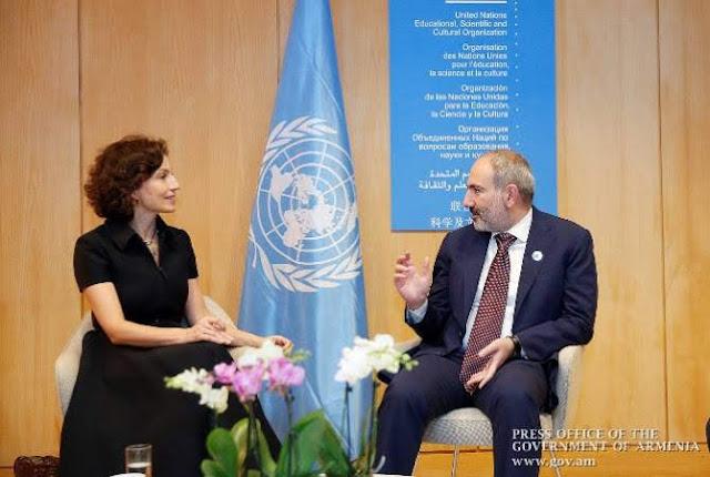 Pashinyan se reúne con la UNESCO en París