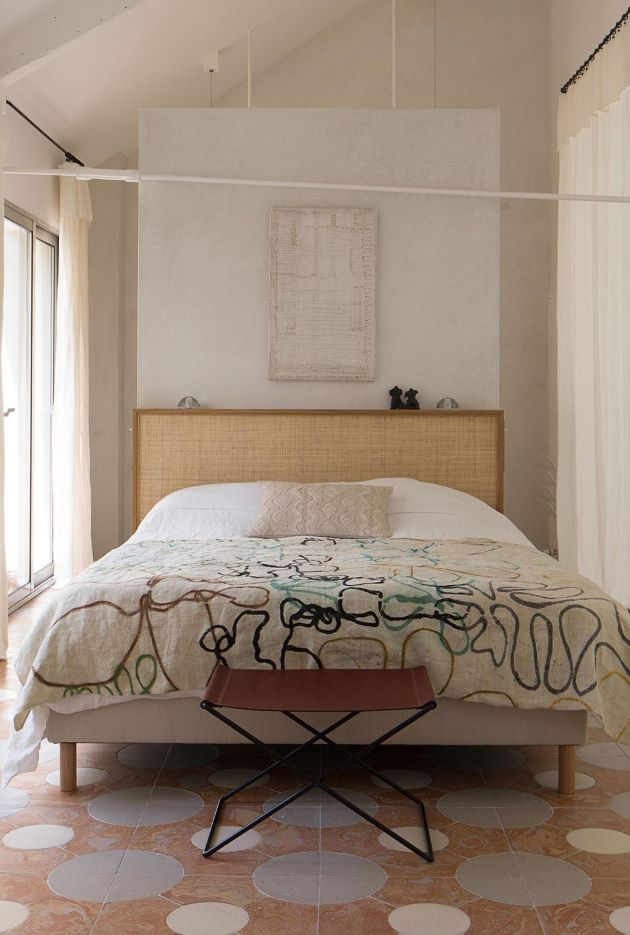 Art Filled and Airy in Paris- design addict mom