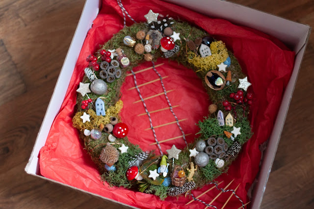 Новогодний венок из старых запасов - идея для подарка