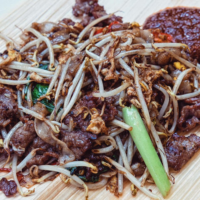 Outram Park Fried Kway Tiao Mee