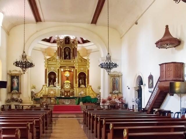 Inside San Antonio de Padua