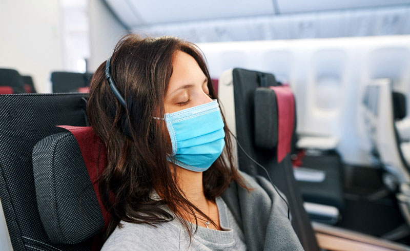 Airlines Threaten to Ban Passengers Refusing Masks