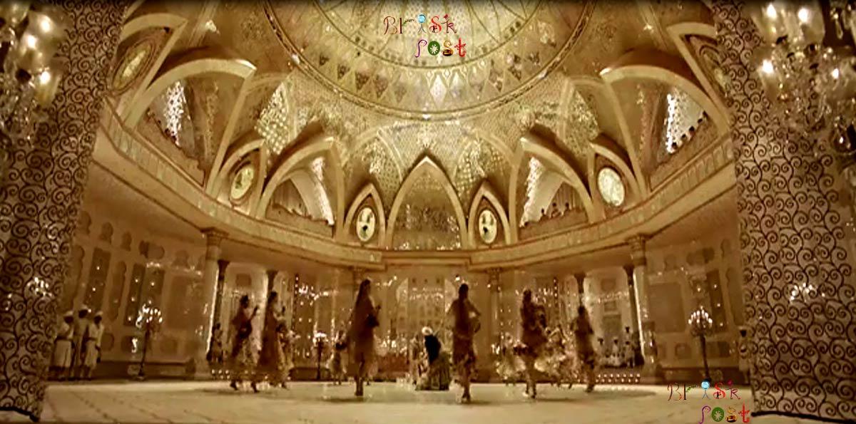 Sanjay Leela Bhansali's Aaina Mahal Set for Deewani Mastani Song of Bajirao Mastani is Museum now